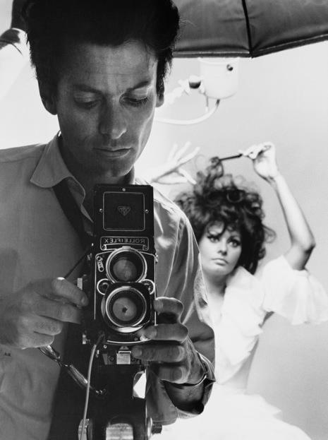 Richard Avedon fényépezi Sophia Lorent