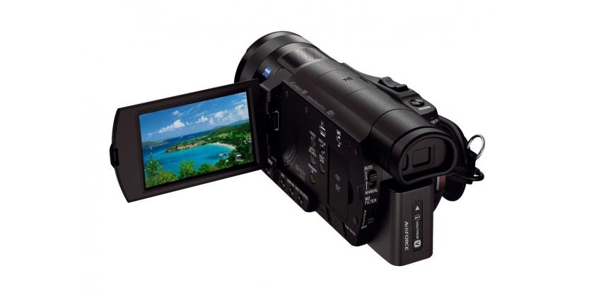 Az AX100E az első 4K videókamera, amely hátulról megvilágított, 1.0 típusú Exmor R? CMOS érzékelőve