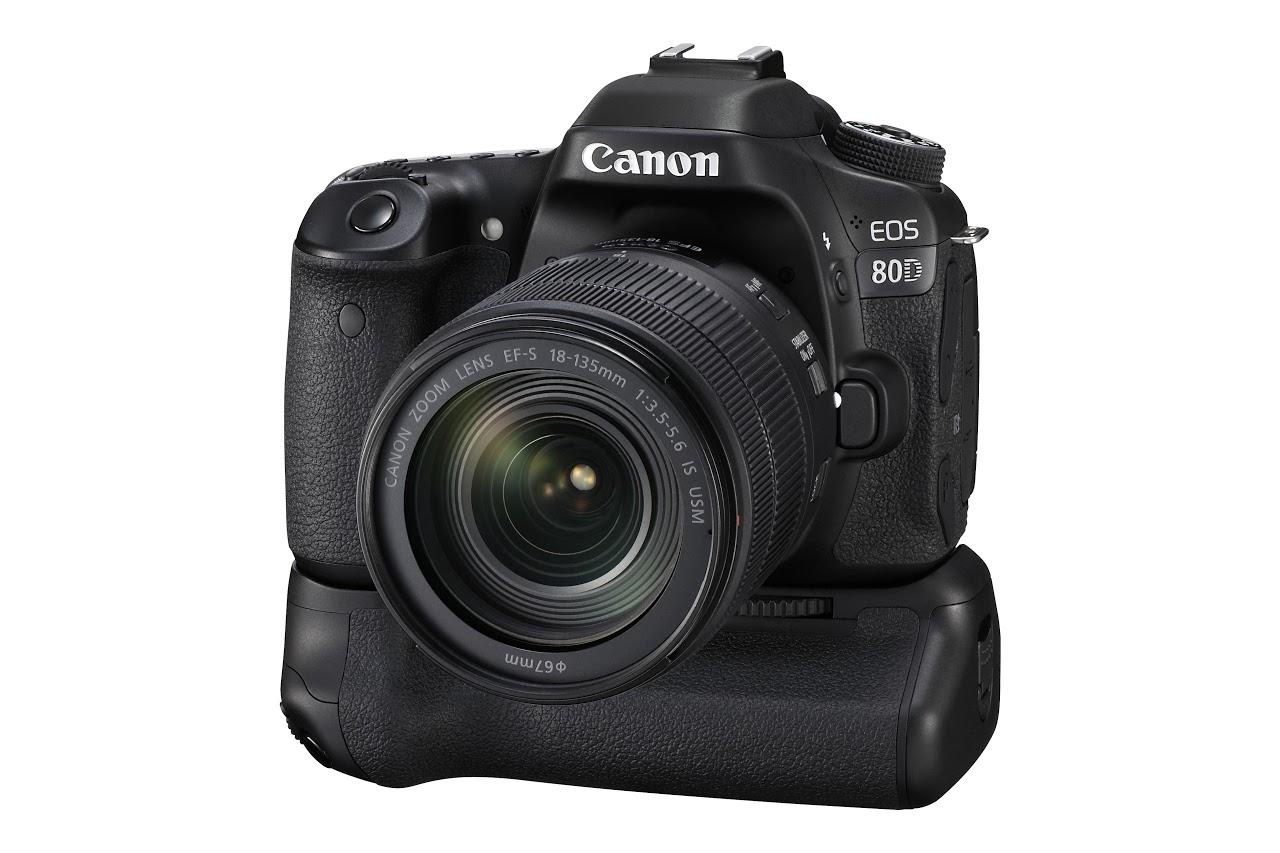 Canon EOS 80D 24,4 megapixeles, APS-C CMOS érzékelőt kapott.