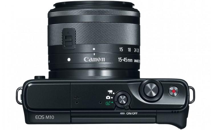 Canon EOS M10 7,5 cm-es 3, colss LCD érintőképernyővel büszkélkedhet.