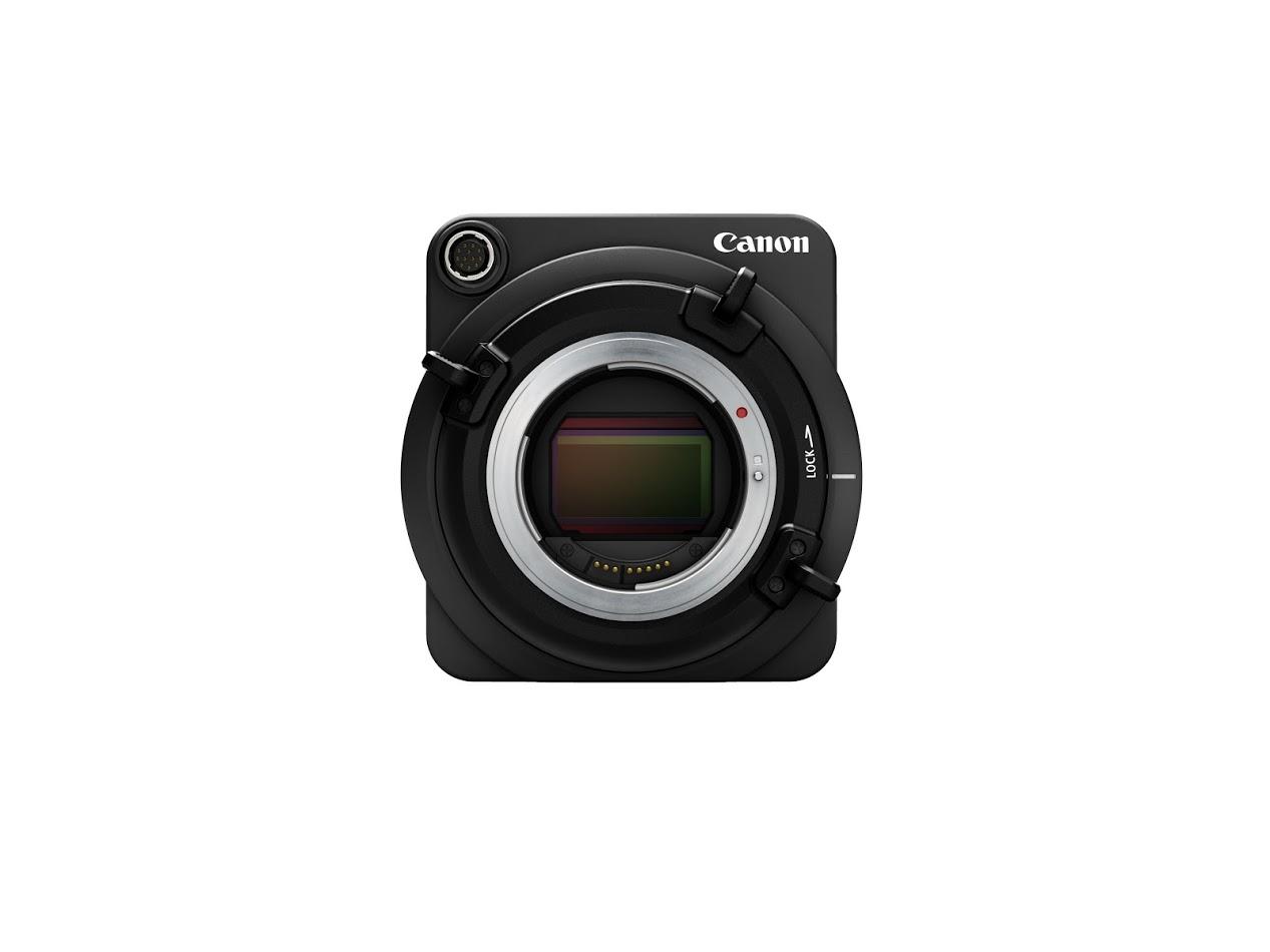 A Canon ME20F-SH elején Canon EF bajonett található.