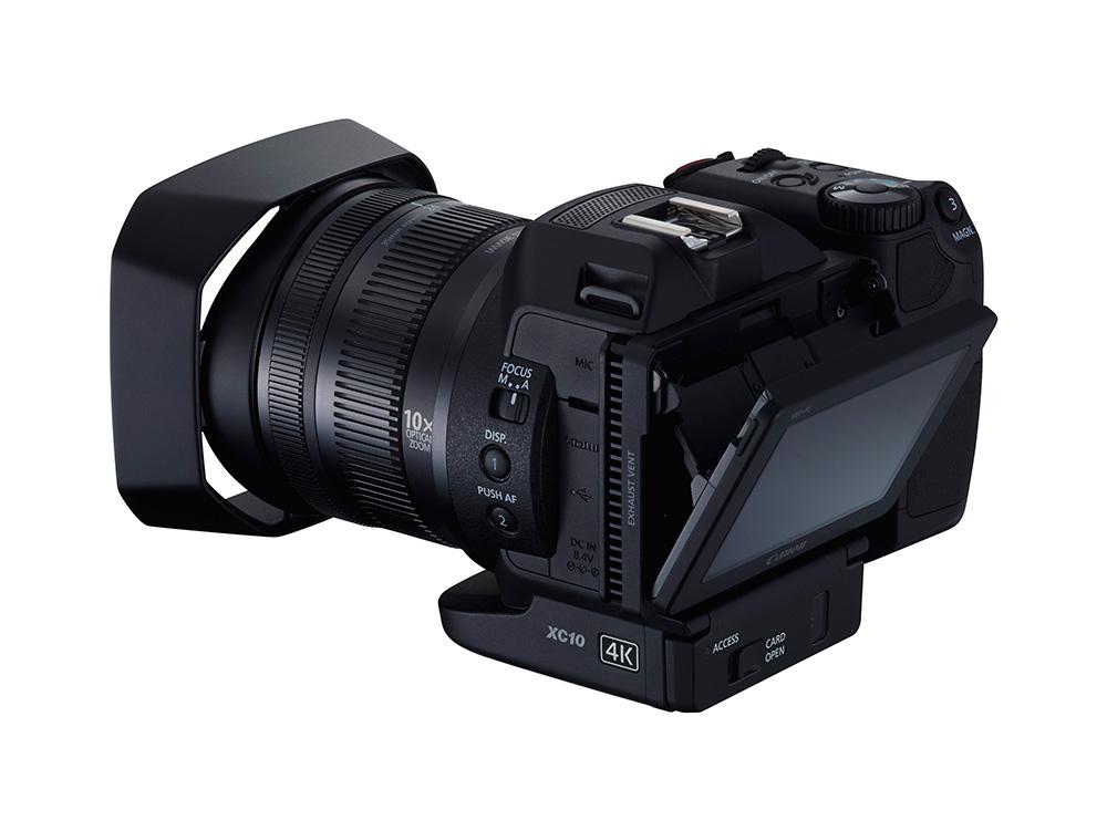 Canon XC10 dönthető, 3 colos LCD kijelzőt kapott.
