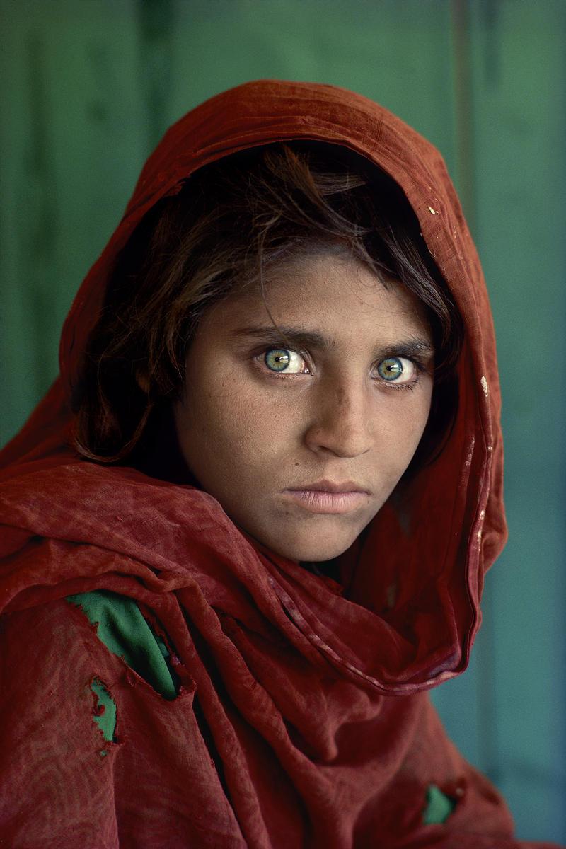 Steve McCurry - Afgán lány
