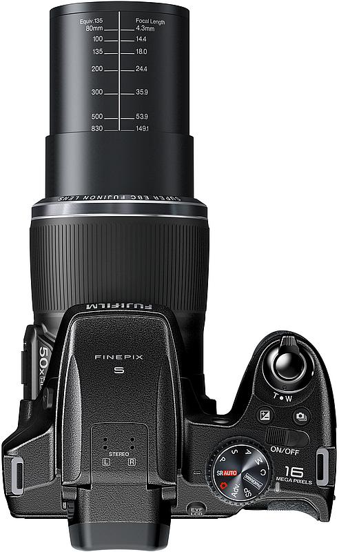Fujifilm FinePix S9800 és S9900W