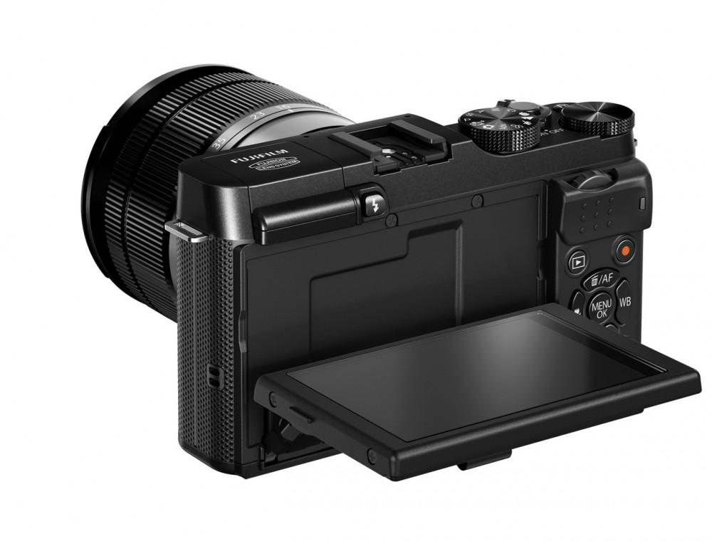 Fujifilm X-A1 dönthető 920.000 képpontos kijelzővel