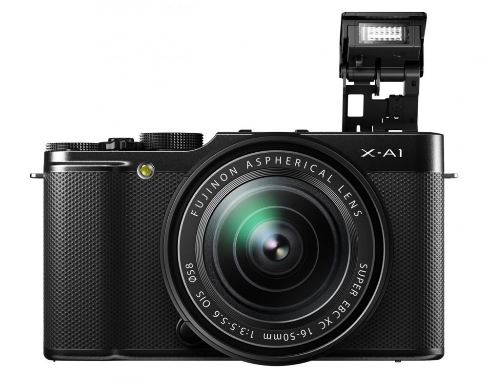 Fujifilm X-A1 és a felbillenő 7-es kulcsszámú beépített vaku