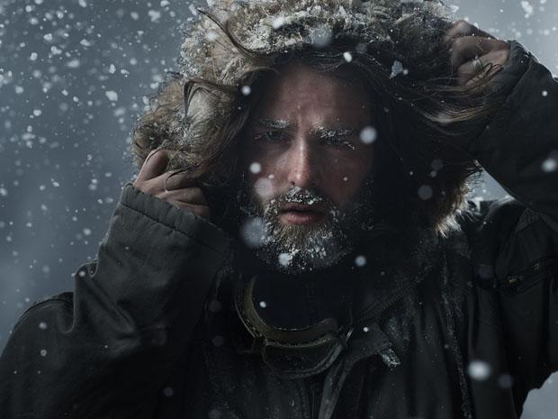 Beltéri hóeséses portré