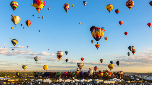Time-lapse 700 db hőlégballonról