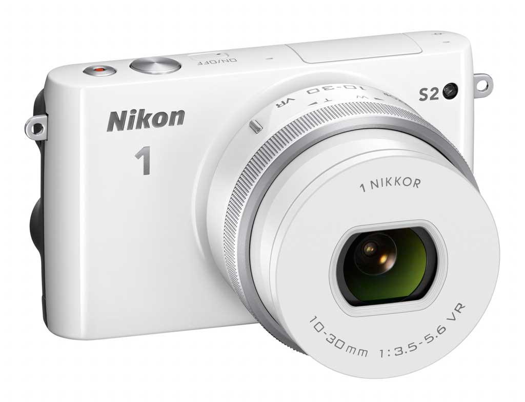A Nikon 1 S2 objektív Nikon 1 bajonettes.
