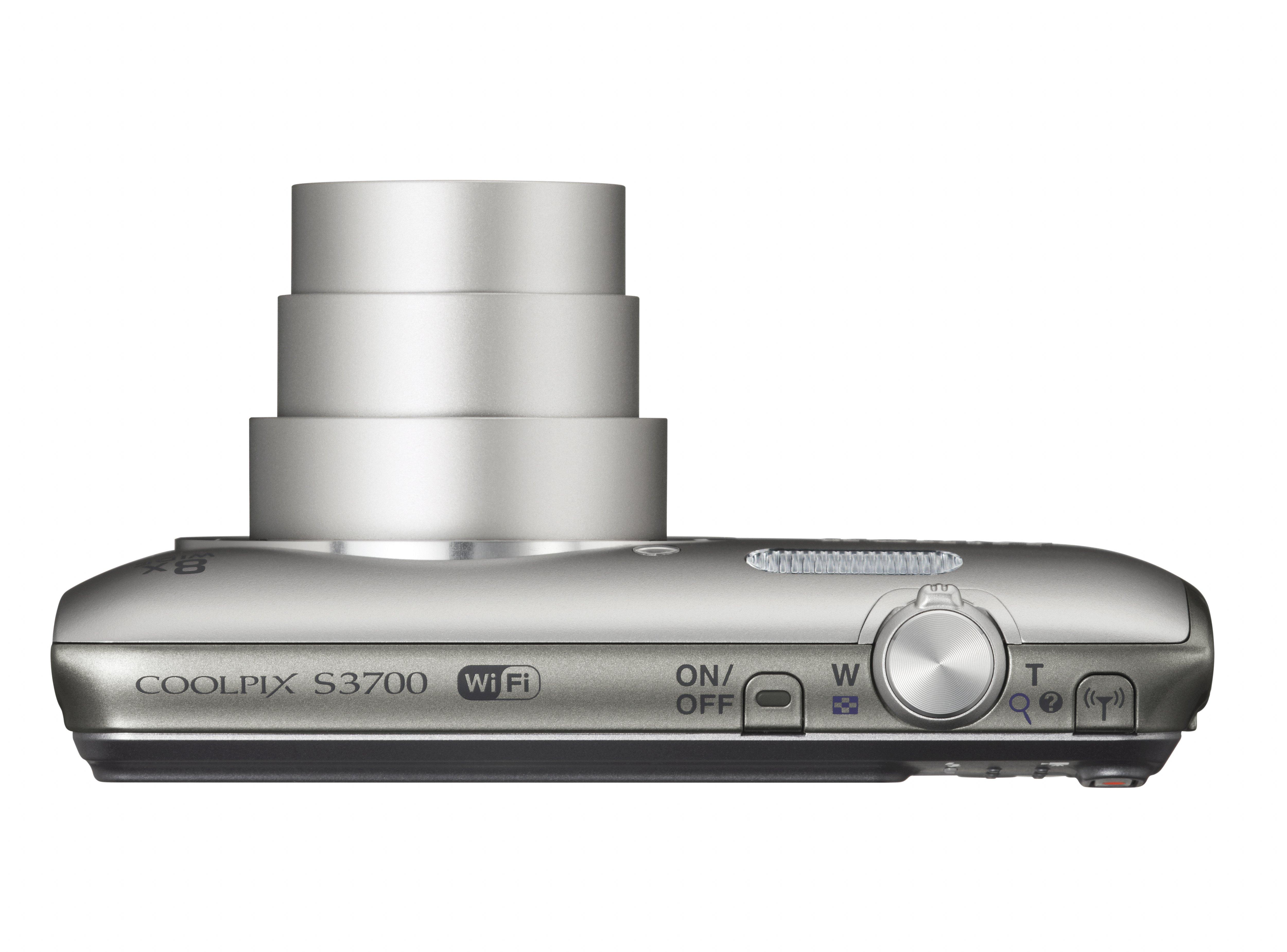 Nikon Coolpix S3700 8x-os NIKKOR optikai zoomobjektívet kapott.