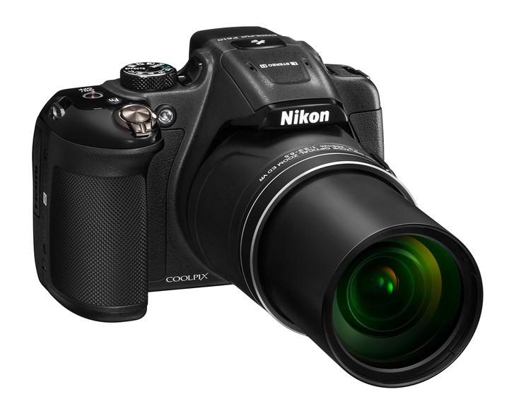 Nikon Coolpix P610 60x-os optikai zoommal rendelkezik.