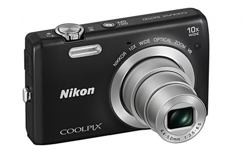 Nikon Coolpix S6700 10x optikai zoomal rendelkezik.