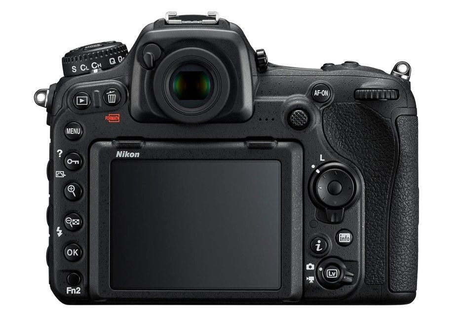 Nikon D500 3,2 colos 2,359 millió képpontos dönthető, érintésérzékeny LCD képernyő