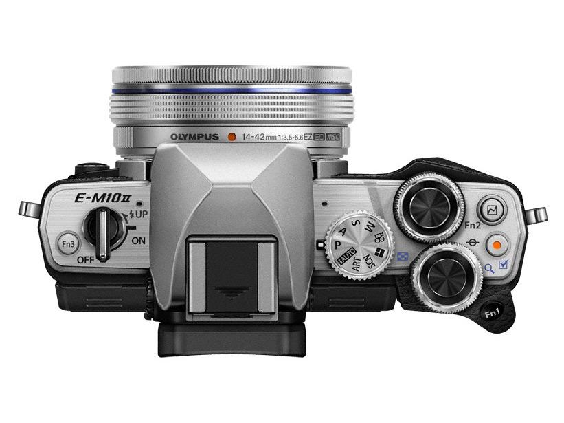 Olympus OM-D E-M10 Mark II több mint 40 Mikro-NégyHarmad objektívvel és számtalan kiegészítővel komp