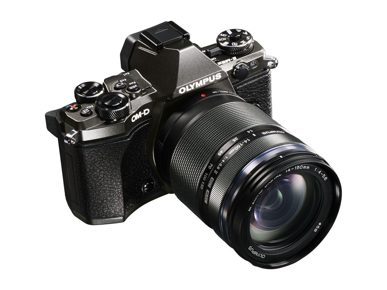 A fényképezőgép az M.ZUIKO DIGITAL ED 14-150mm 1:4.0-5.6 II objektívvel is kapható lesz.