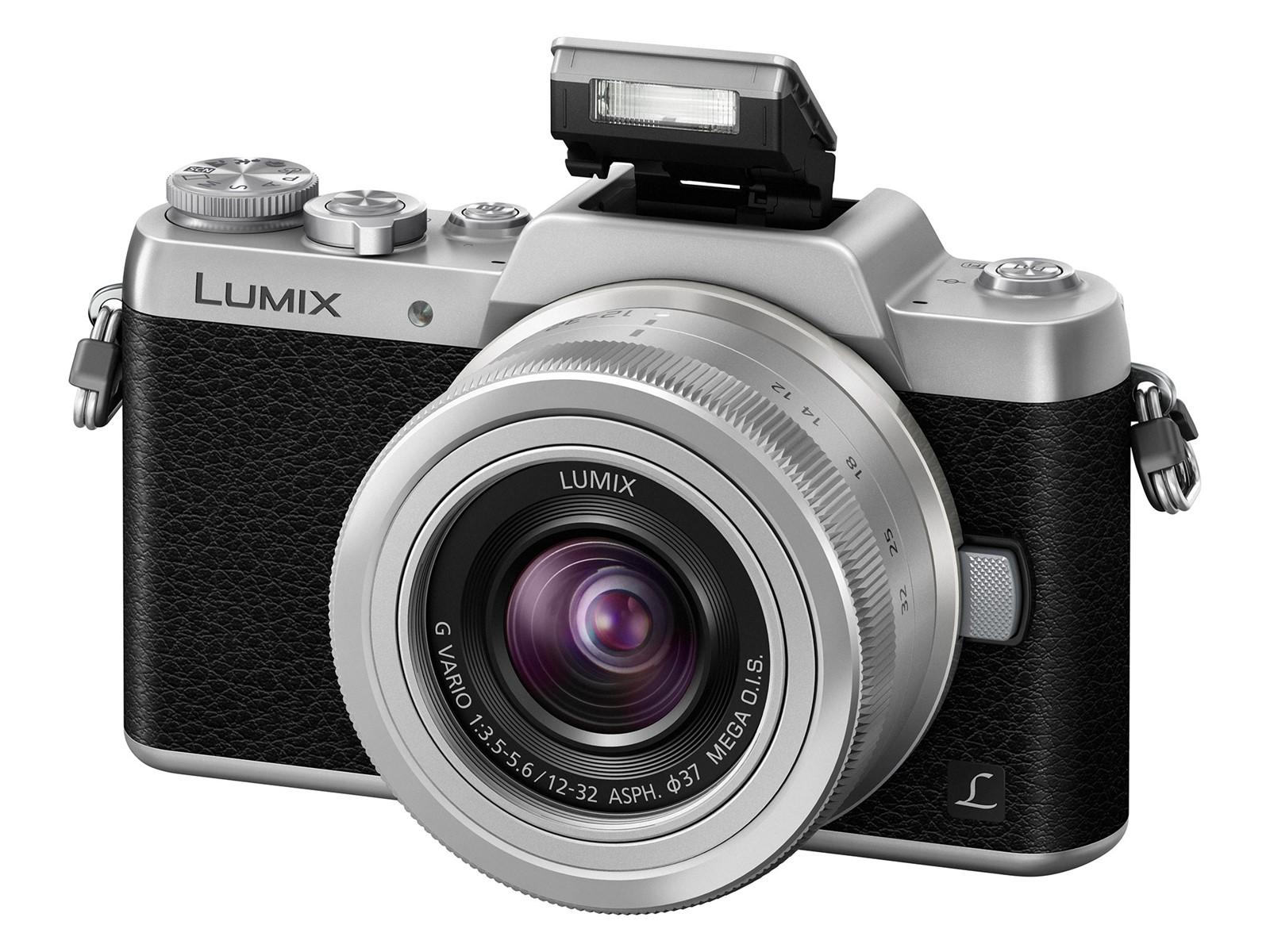 Panasonic Lumix DMC-GF7 beépített ,felnyíló vakuval rendelkezik.