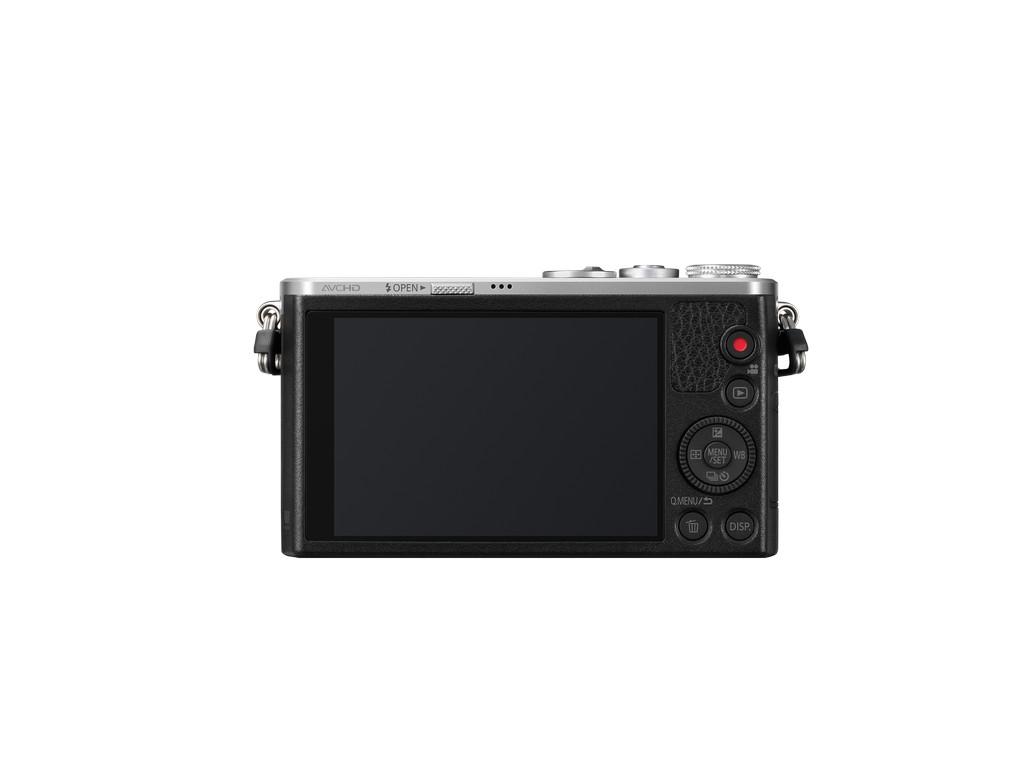 GM1 LCD kijelzője 3?-os érintésérzékeny, 1 036 000 képpontos felbontással.