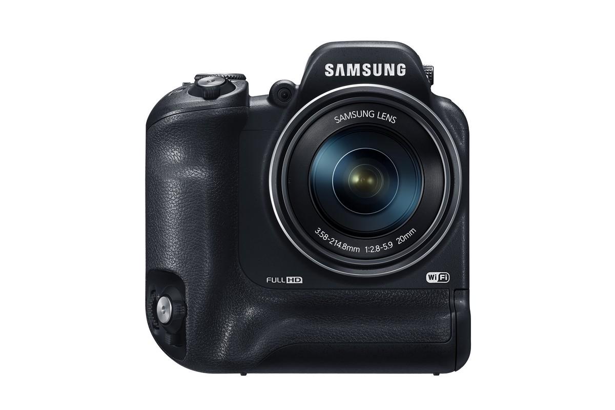 Samsung WB2200F portrémarkolatos ultrazoom kompakt fényképezőgép.