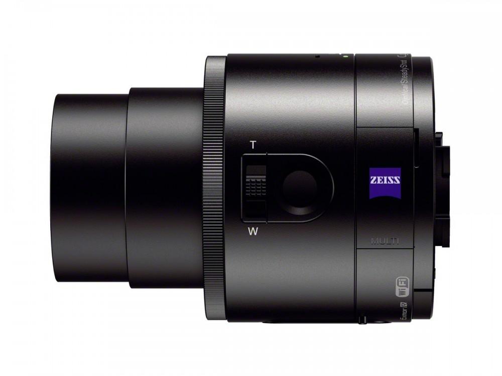 Sony QX100 28-100mm ekv. zoom objektívvel rendelkezik