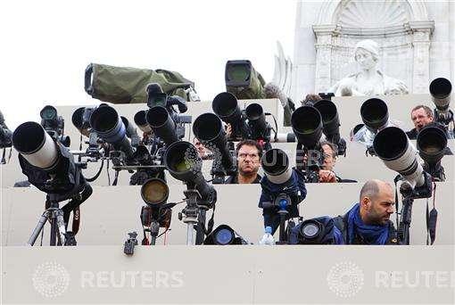 photographersstand-royalwedding-photochrisisonreuters.jpg