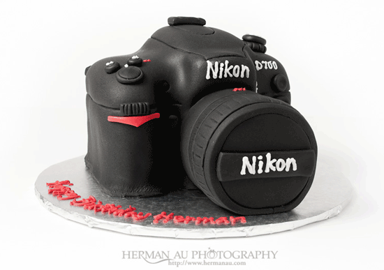 happy-birthday-nikon-d700.png