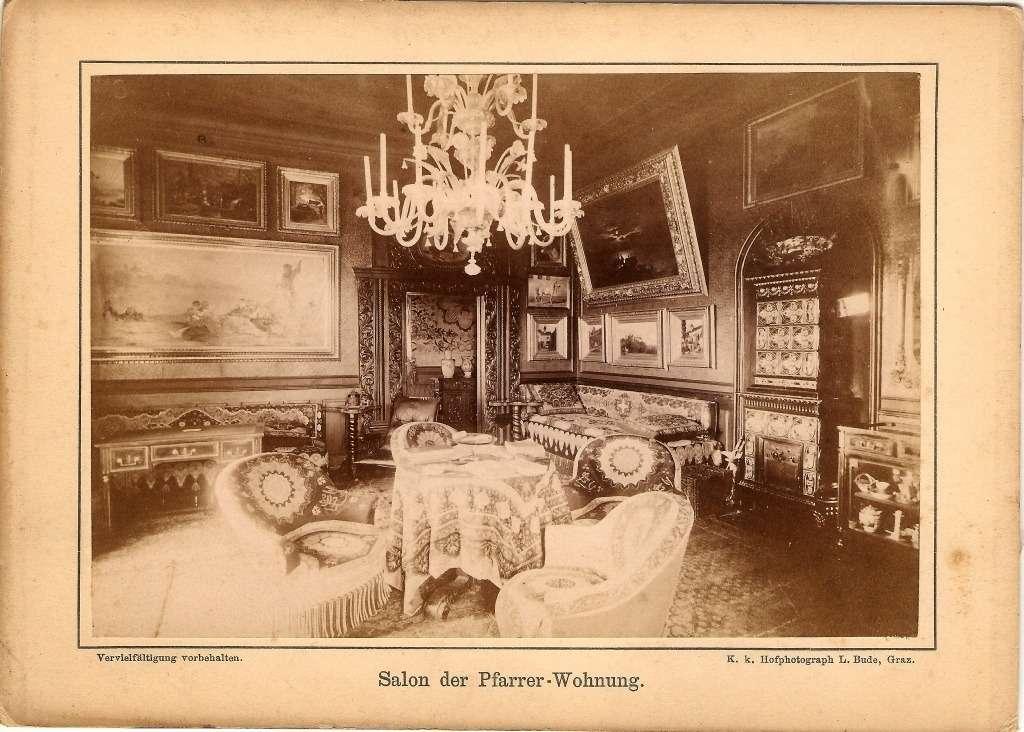 Bude, Leopold Salon