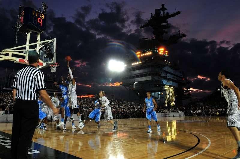 carrierclassic-basketball-game-carlwinson-photodylanmccordnavycommunications.jpg