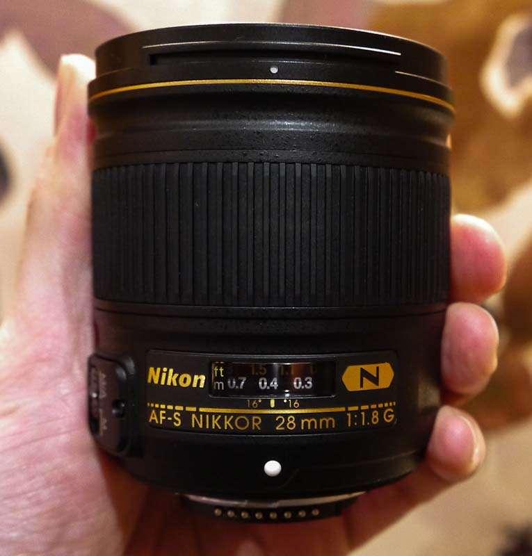 nikon_28mm_f18_preview_04.jpg