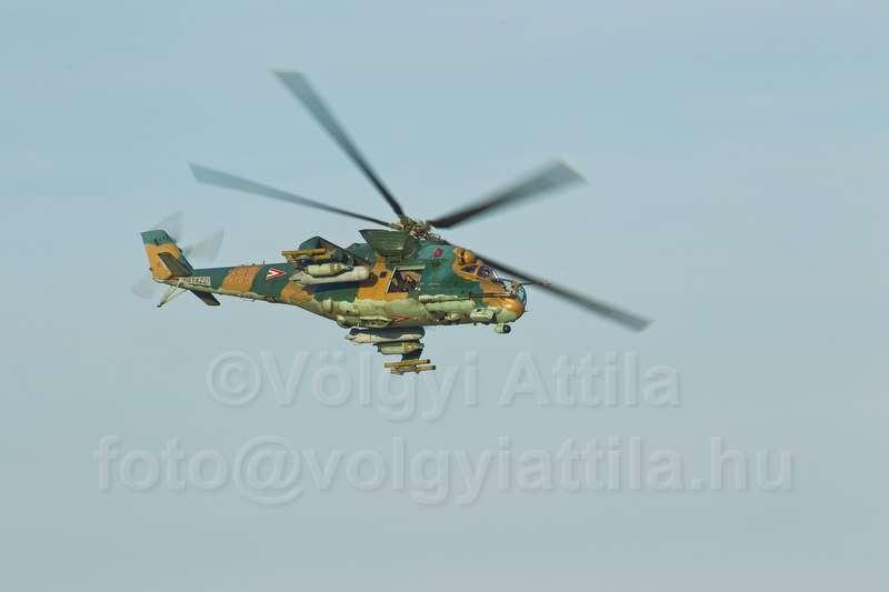 helicopter-diehard-movieshooting-1206063224dva-blogvolgyiattilahu.jpg