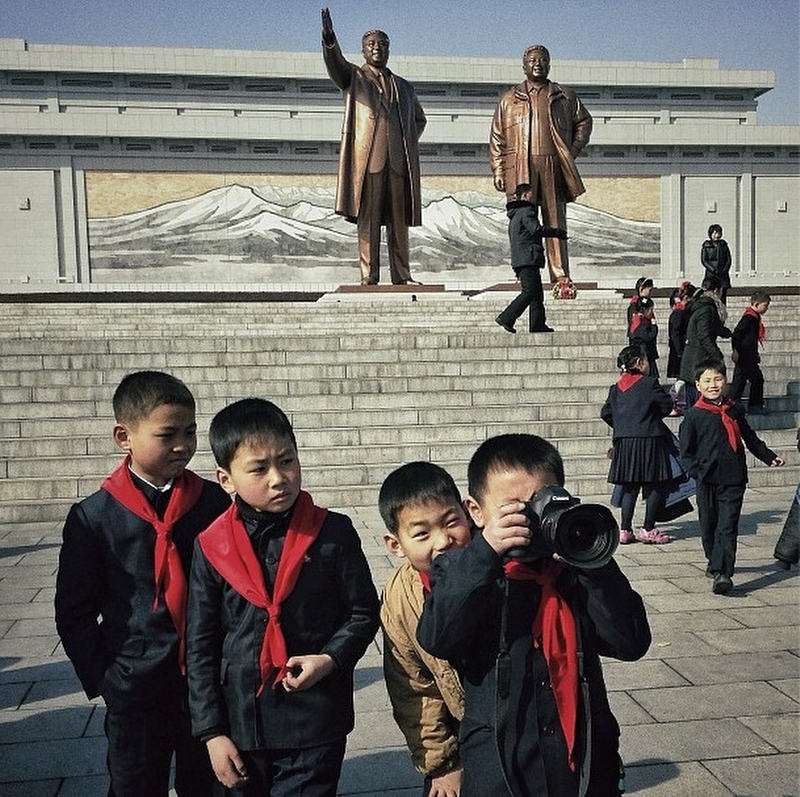 northkorean-children-wcamera-photodavidguttenfelderap.jpg