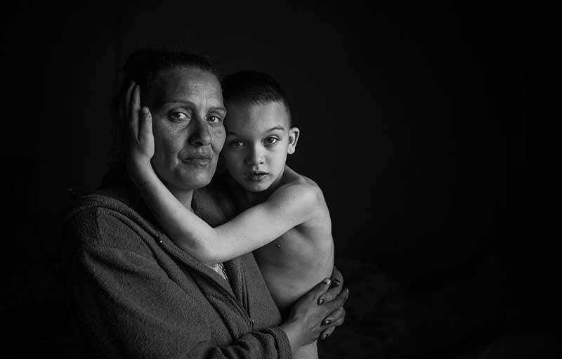 Sajtófotó pályázat 2015 Emberábrázolás - portré (sorozat) 1. hely: Schild Tamás (szabadfoglalkozású): Semmi különös