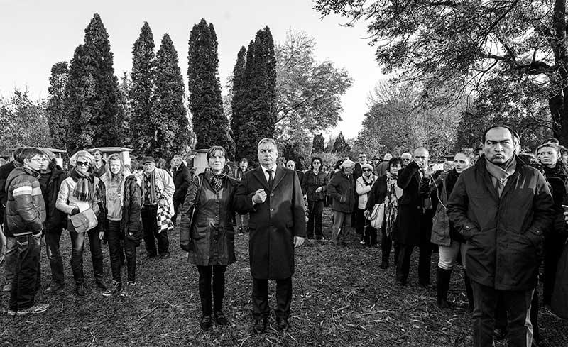 Sajtófotó pályázat 2015 Escher Károly-díj a legjobb hírképért - Illyés Tibor (MTI/MTVA): Tiszteletadás