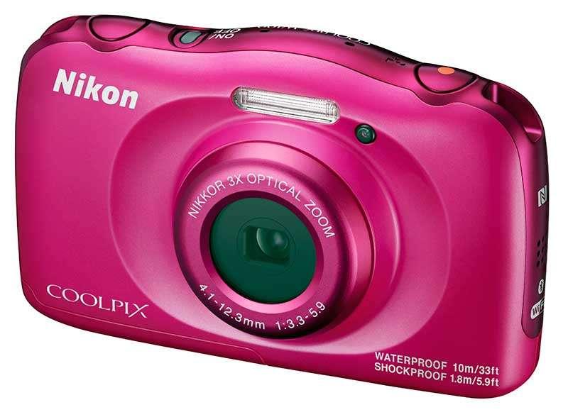 Víz és ütésálló Az új Nikon Coolpix W100 Fényképezőgép