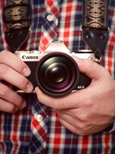 Canon Mirrorless Aed7 Small
