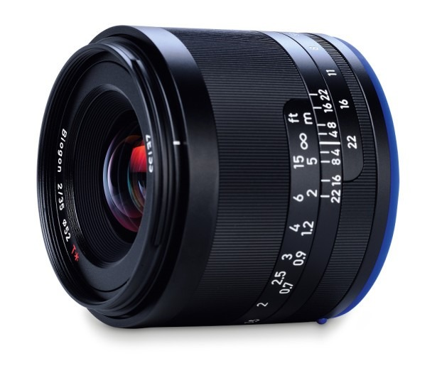 Zeiss Loxia 35mm Fototvhu.jpeg