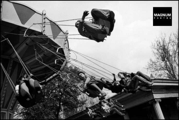 Fotó: Guy Le Querrec: Budapest, 1980. május 1. © Guy Le Querrec/Magnum Photos