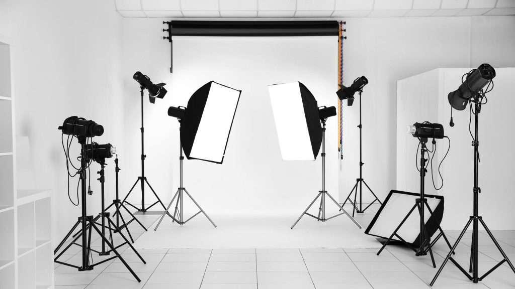 Fotográfiai világítás gyakorlati előadás