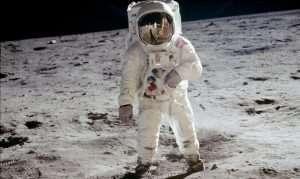 Csillagnéző este a holdra szállás 50. évfordulója alkalmából