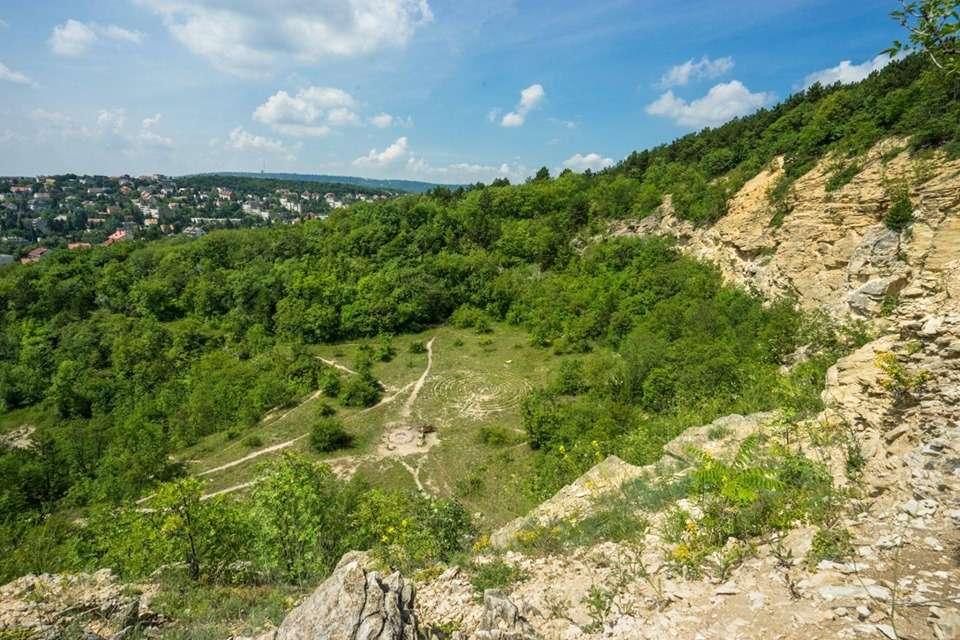 Kalandozás közeli helyeken, dombokon, hegyeken – ÉMK Túra
