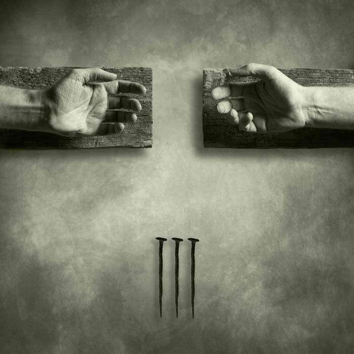 Jelek és Jelképek – Adománygyűjtő kiállítás