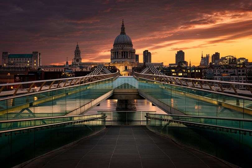 Sunrise and Sunset in the City – Photo contest
