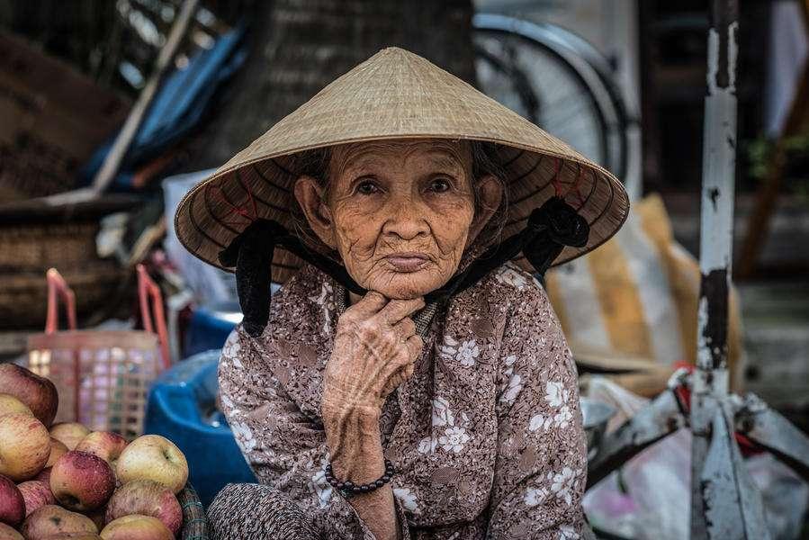 Street Portraits – Photo contest